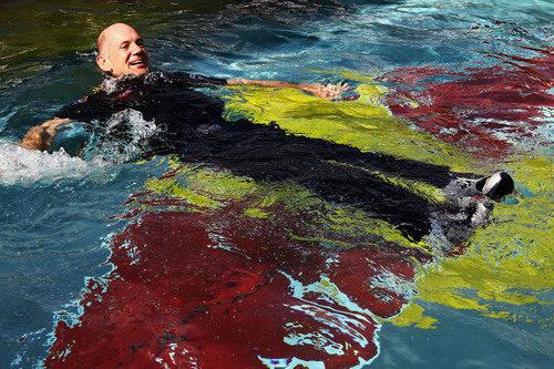 Adrian Newey también acabó en el agua