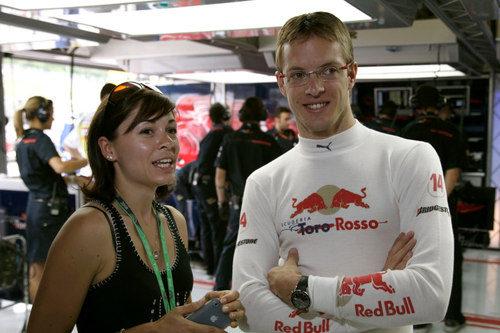 Bourdais y su mujer