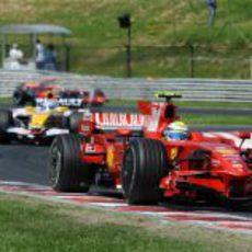 Massa por delante de Alonso