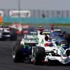 Barrichello encabeza un grupo