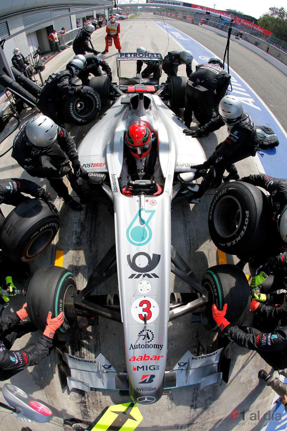 Schumacher hace una parada