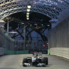 Schumacher acaba noveno