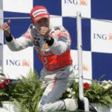 Kovalainen en el podio