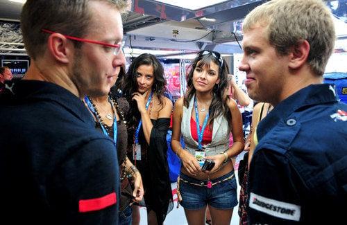 Bourdais, Vettel y las chicas