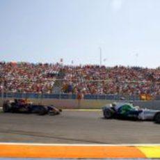 Barrichello por delante de Coulthard