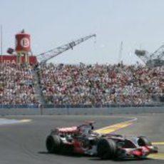 Hamilton por Valencia