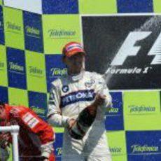 Kubica moja a todos con el champán