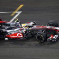 Hamilton con el acelerador a fondo
