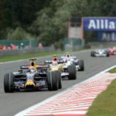 Webber por delante de Nelsinho