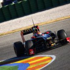 Robert Kubica se sube por primera vez al R31