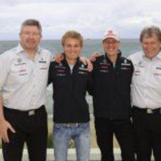 Brawn, Rosberg, Schumacher y Haug en Melbourne