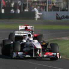 Kobayashi no pudo con Alonso