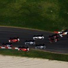 La primera curva del GP de Australia 2011