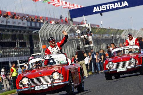 Los pilotos de Virgin en el Drivers' Parade
