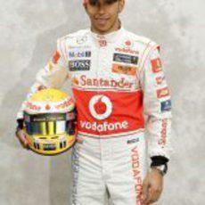 Foto oficial de Lewis Hamilton para 2011