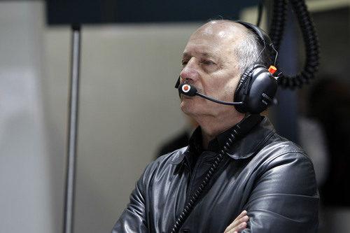 Ron Dennis en el box de McLaren