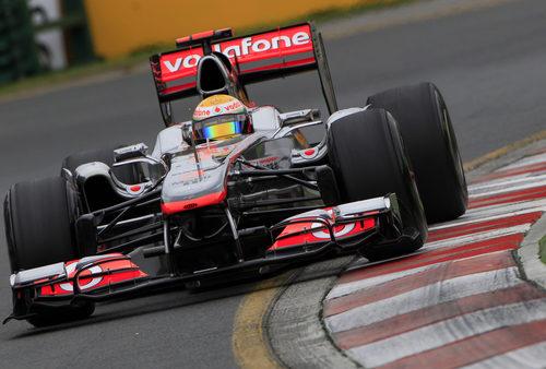 Hamilton sorprende con su crono en clasificación