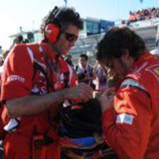 Alonso en los minutos previos a la salida