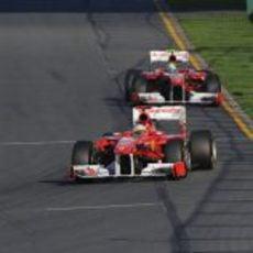 Alonso por delante de Massa en Australia