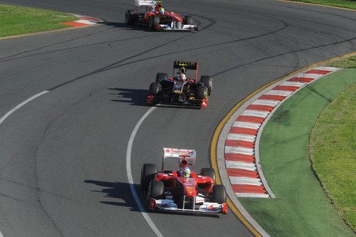 Alonso, Petrov y Massa en pista