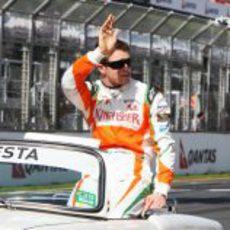 Paul di Resta en la vuelta de presentación del GP de Australia 2011