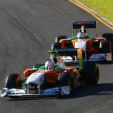 Los dos Force India juntos en pista