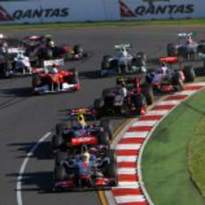 Hamilton segundo en la segunda curva