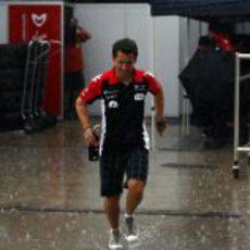 Glock escapa de la lluvia torrencial