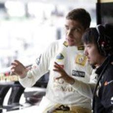 Petrov habla con su ingeniero