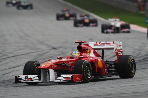 Fernando Alonso sólo pudo ser 6º en Malasia 2011