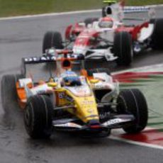 Glock ataca a Alonso