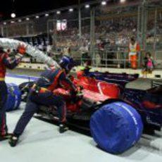 Los mecánicos de Toro Rosso entrenan
