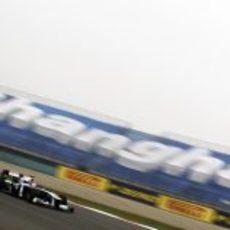 Barrichello a toda velocidad en Shangai