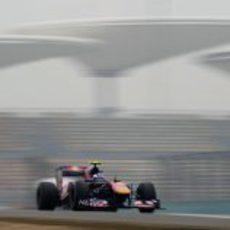 Ricciardo a todo gas en Shangai 2011