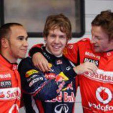 Hamilton, Vettel y Button bromean tras la clasificación del GP de China 2011