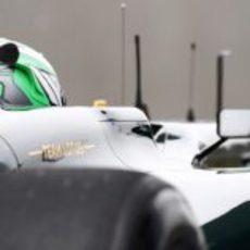 Heikki por el retrovisor