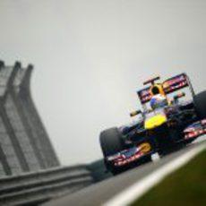 Vettel toma contacto con la pista en el GP de China 2011