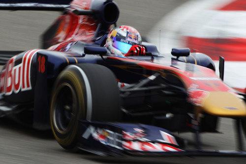 Sebastien Buemi durante la clasificación del GP de China 2011