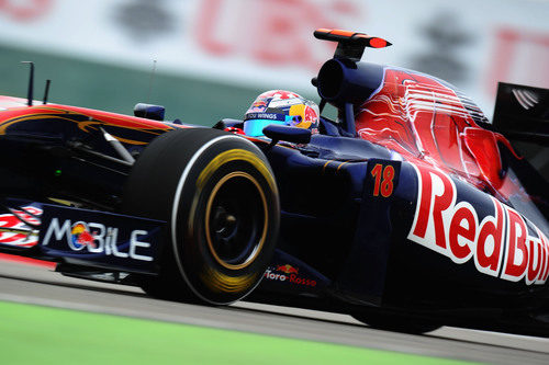 Buemi entra en la Q3 del GP de China 2011