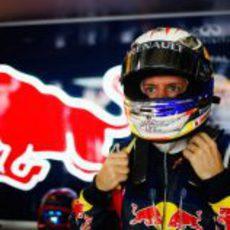 Vettel con los ojos bien abiertos en el GP de China 2011