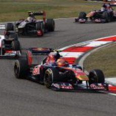 Alguersuari durante la carrera del GP de China 2011