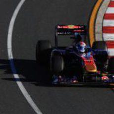 Sébastien Buemi en la carrera de Australia 2011