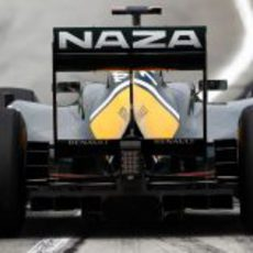 Vista trasera del T128 en el GP de Malasia 2011