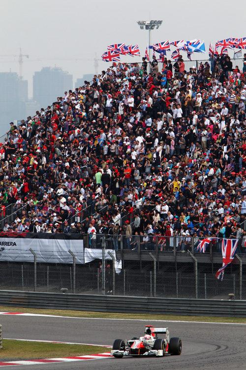 Karthikeyan durante el GP de China 2011