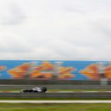 Barrichello a toda velocidad en Estambul