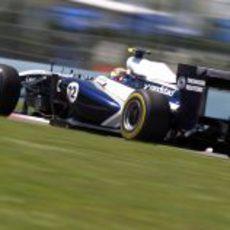 Maldonado durante la clasificación del GP de Turquía 2011