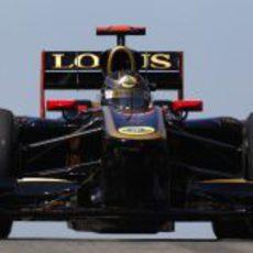 El R31 de Nick Heidfeld en el circuito de Istanbul Park