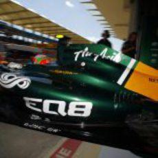 Jarno Trulli sale a pista para disputar la Q1