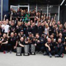 Red Bull celebra en Turquía una nueva victoria en 2011