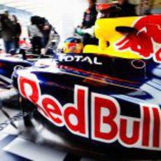 Vettel sale a la pista el viernes del GP de Turquía 2011